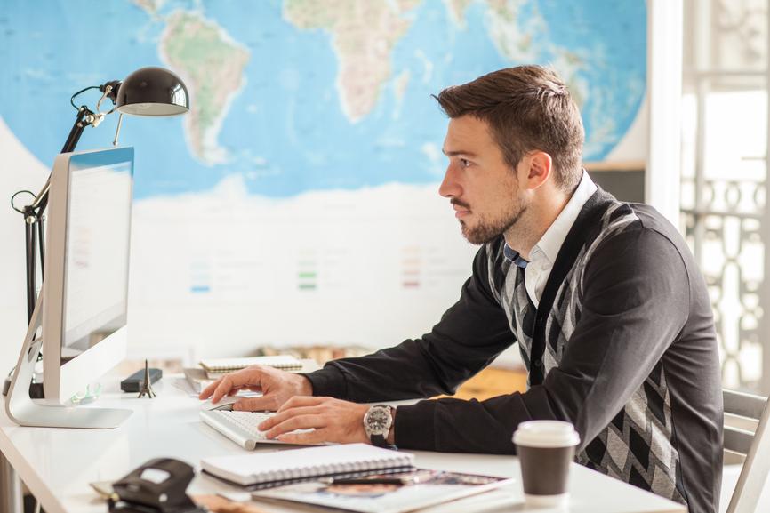 İnternetdə  əlavə iş yeri kimi işləmək üçün 30 ideya və 12 sayt