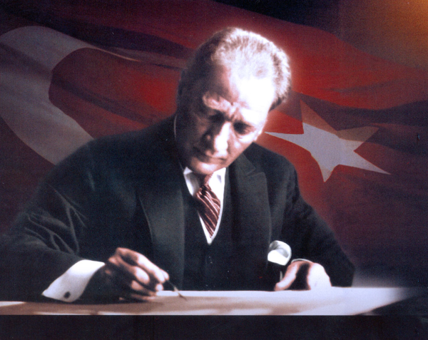 Atatürkü Xilas Edən Saat...