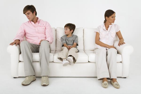 Boşanma Yükünü Ən Çox Uşaqlar Çəkir