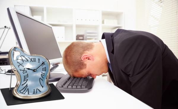 İşdən sonra əlavə işləmək karyeraya niyə lazımdır?
